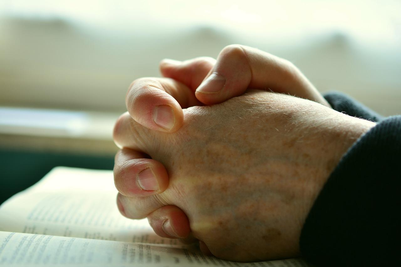 信仰懷疑與排擠,認識同志基督教徒與家庭的困境